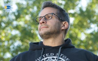 The 411 on Anti-Reflective Coating for Eyeglasses