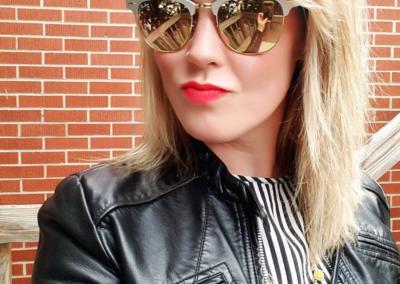 Red lipstick and sunglasses