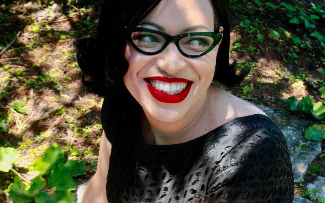 Makeup Tips for Wearing Eyeglasses